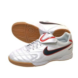 Buty piłkarskie Nike JR Tiempo Natural III IC