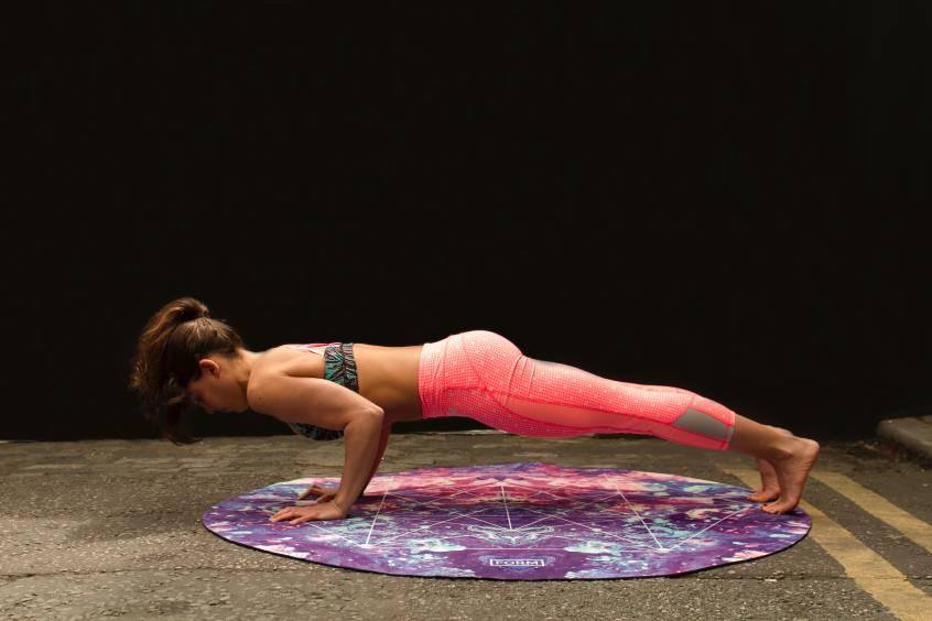 ćwiczenia z użyciem obciążenia własnego ciała