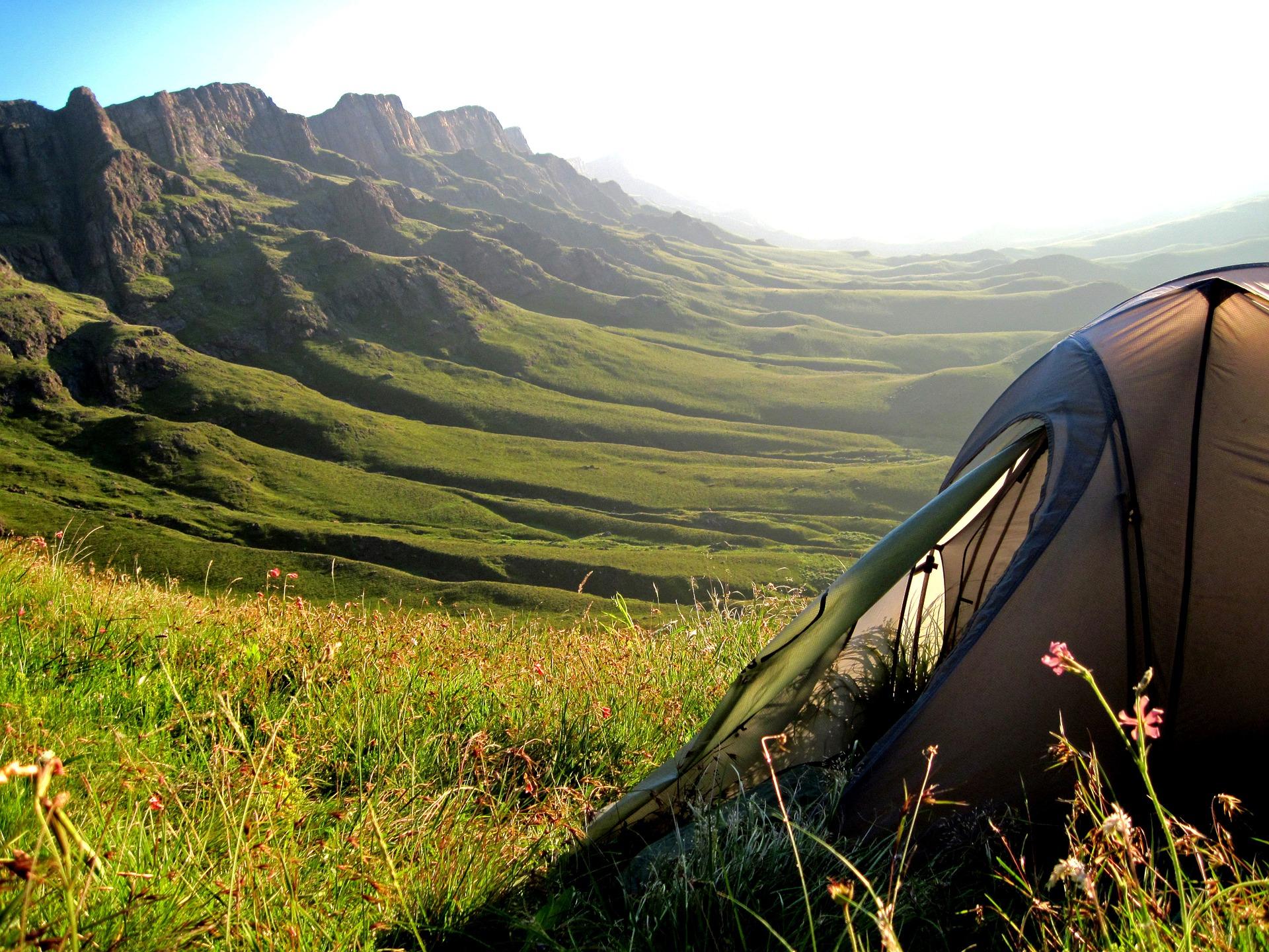 Jak wybrać odpowiedni namiot