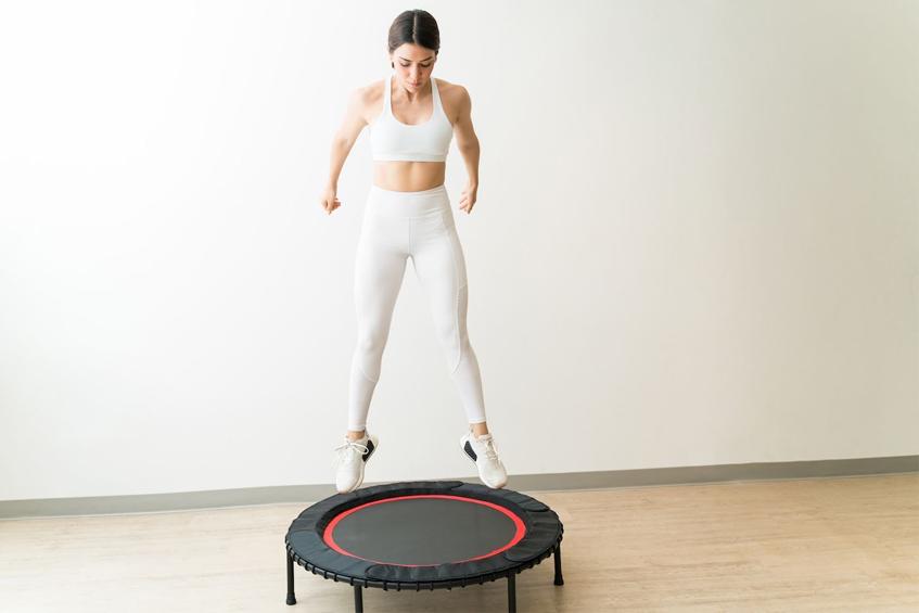 Skoki na trampolinie jako dobry trening